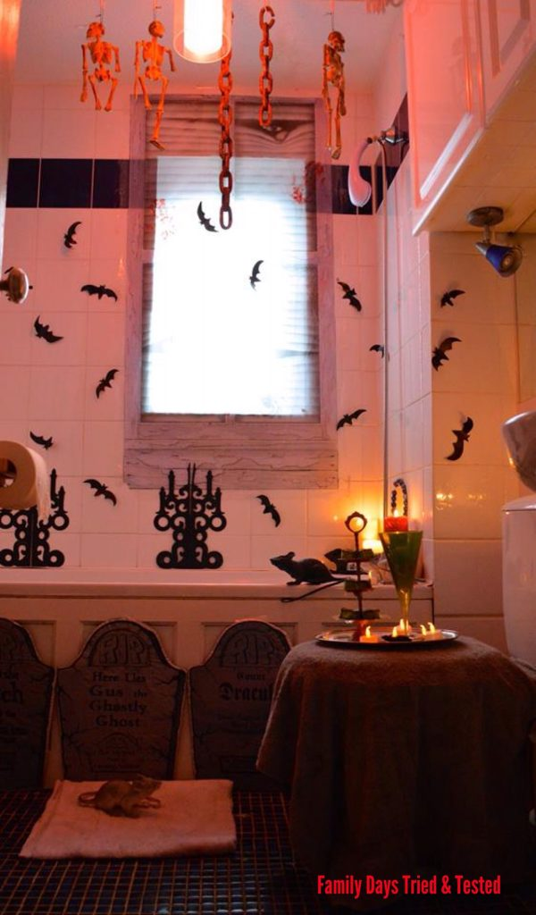 Easy and fun halloween activities for kids to enjoy for Haunted bathroom ideas
