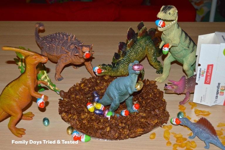 chocolate crispy cake for dinosaurs