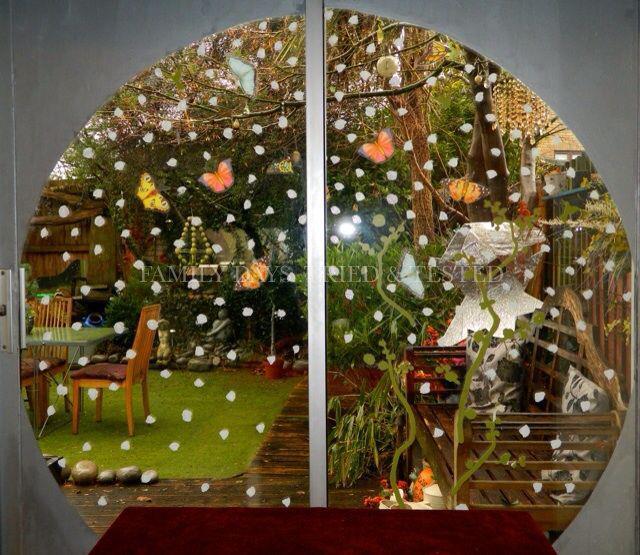 Christmas Activities For Kids - snowy window