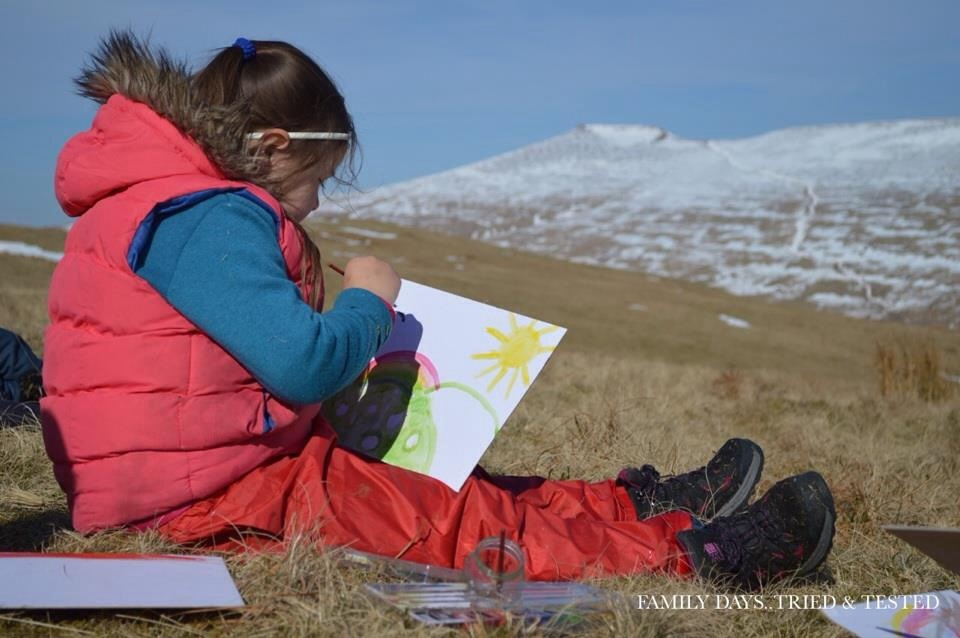 Ways to Get Kids Excited About Walking - outdoor artists