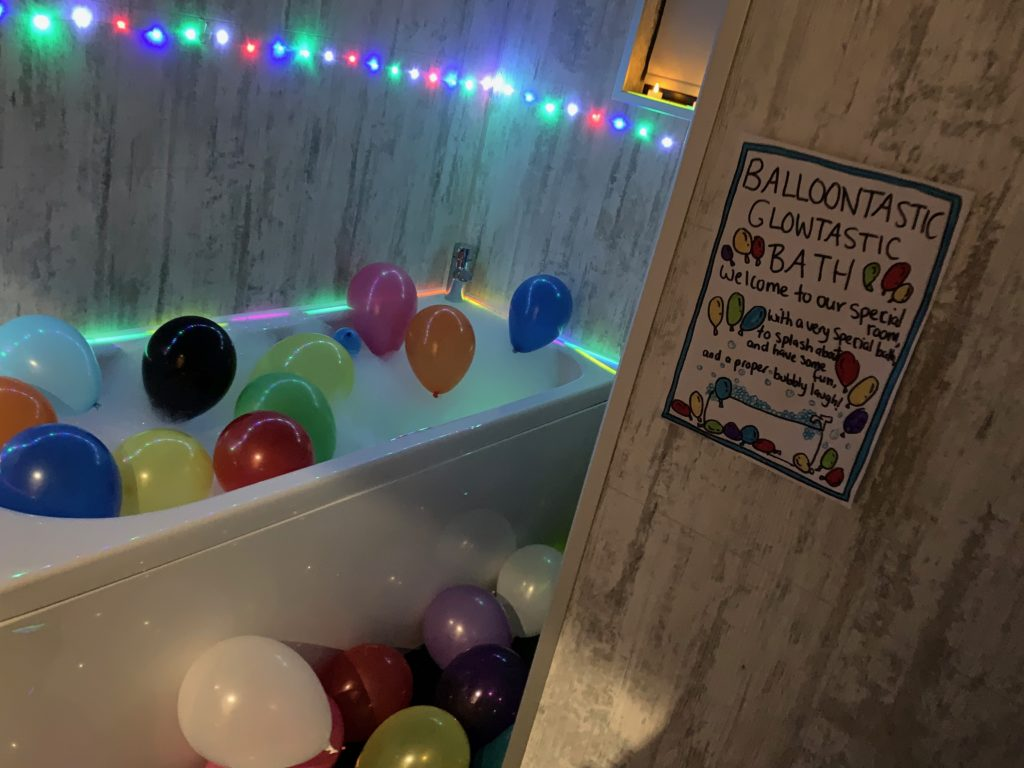 Balloon And Glow Themed Bath